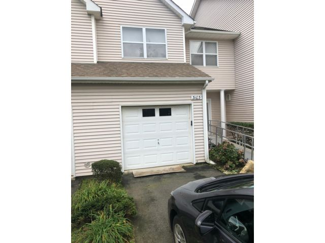 2 BR,  2.50 BTH  Townhouse style home in Riverhead